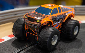 monster truck racing uk scalextric c3779 team monster truck u0027growler u0027