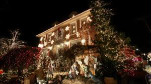 dyker heights holiday lights dyker heights christmas lights 2017 guide metro us