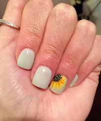 sunflower nails lightseafoamgreen cute sunflower https