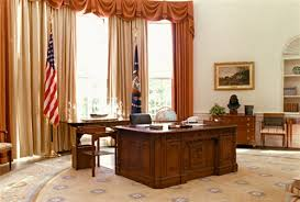 Oval Office Desk The New American Hms Resolute Desk With Replica Oval Office Is