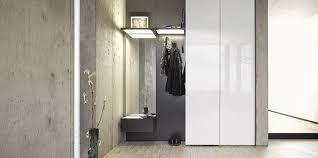 guardaroba ingresso moderno mobile da ingresso moderno a muro in legno collect by rolf