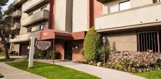 3 Bedroom Apartments San Fernando Valley Apartments For Rent In Sherman Oaks Ca In San Fernando Valley