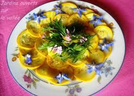 cuisiner les courgettes jaunes courgette jaune en carpaccio 1pp pers jardins ouverts sur