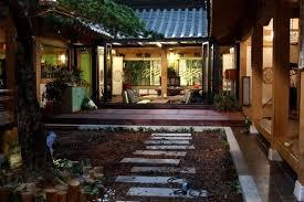 Modern Traditional House Korean Style House Seoul In Korea H O M E O U T S I D E
