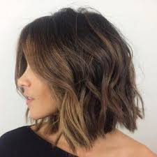 hair style ideas with slight wave in short best 25 short wavy hair ideas on pinterest medium hair cuts