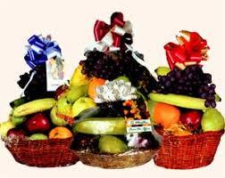 how to make fruit baskets deli fruit baskets waitsfield vt vermont