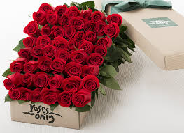 roses in a box box of roses same day delivery new york