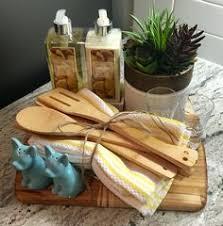 diy housewarming gift basket with free printable gift tag