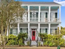 plantation style historic 1880s plantation style mansion homeaway bywater