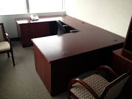 wood veneer u shaped private office
