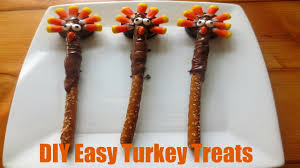 edible thanksgiving decorations diy easy thanksgiving turkey treats youtube