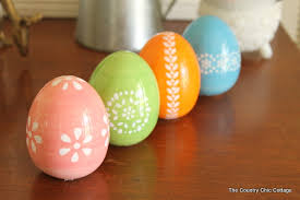 painted easter eggs 5 minute painted easter eggs the country chic cottage