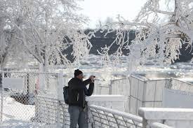 niagara falls sparkles arctic freezing u2013 las vegas review