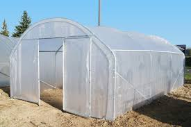 serre tunelle de jardin porte simple sur une serre tunnel les différents types de portes