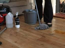 how to clean hardwood flooring