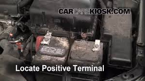 2006 toyota camry battery how to jumpstart a 2002 2006 toyota camry 2005 toyota camry 2 4l