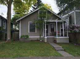 charming fremont bungalow in seattle homeaway fremont