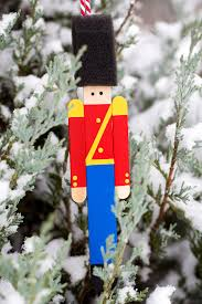 how to make a wooden soldier ornament
