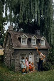 20 wendy houses for the peter pan in you