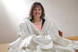 Preowned Wedding Dress Newly Wed Scot Urging Brides To Donate Used Wedding Dresses To Be