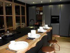 cuisines lyon aménager une cuisine design avec ilot central cuisine