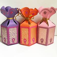 indian wedding mithai boxes 30 best pen and favor handmade favor boxes images on