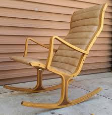 Rocking Chair Tab Heron