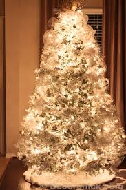 our white tree decorchick