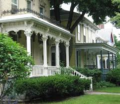Homes With Front Porches Different Porch Treatments On Adjacent Italianate Houses This