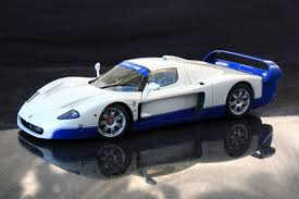 maserati mc12 2017 autoart 1 18 maserati mc12 white maserati diecastxchange com