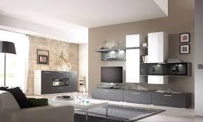 Wohnzimmer Einrichten Licht Wohnzimmer Mit Dachschräge Und Interessante Wandgestaltung