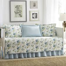 Overstock Sofa Bed Best 25 Daybed Covers Ideas On Pinterest How To Cover Sofa Bed