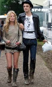 moss and top 20 kate moss is style momentsno 7 leather jacket and