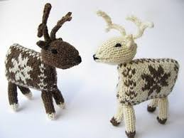 Knitted Reindeer Christmas Decorations by 82 Best Knits For Christmas Images On Pinterest Pattern Library