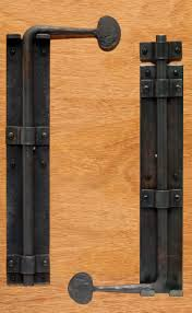 Barn Door Accessories by Barn Door Cane Bolt When Two Doors Come Together Without A Post In