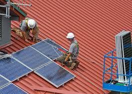piastrelle fotovoltaiche installare un tetto fotovoltaico tutte le info idee green