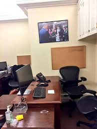 Desk In Oval Office by The White House Went Ghost On Obama U0027s Last Night Sfgate