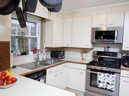 Hgtv Kitchen Makeover - best 25 hgtv kitchens ideas on pinterest white diy kitchens