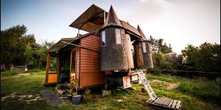 this u0027transforming castle truck u0027 might u0027ve just won the tiny house