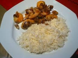 comment cuisiner le riz riz crevettes noix de coco cuisine plurielles fr