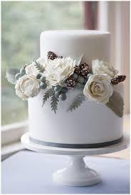 wedding cake martini our favorite winter wedding cakes weddings ideas from evermine