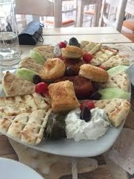 griechische küche mix platte um in die griechische küche einzusteigen picture of