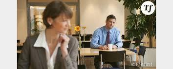 relation au bureau faut il cacher une relation amoureuse au bureau