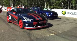 ford mustang gtr 2013 ford mustang shelby gt500 takes on exotics in russia car