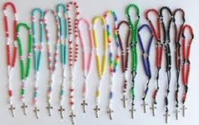 how to make a rosary how to make a rosary a catholic moment