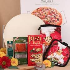family gift baskets family pizza gift basket idea meal gift basket ideas