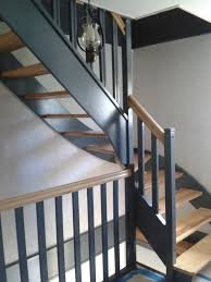 escalier peint en gris rénovation de deux escaliers hêtre et sapin sherwood overblog com
