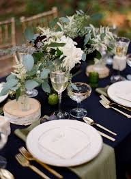Black Table Centerpieces by 25 Best Black Tablecloth Wedding Ideas On Pinterest Black