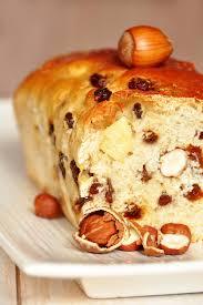 la cuisine de nathalie brioche maison aux noisettes et raisins secs recette facile la