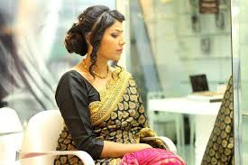 Reception Sarees For Indian Weddings Perfect South Indian Bridal Hairstyles For Receptions